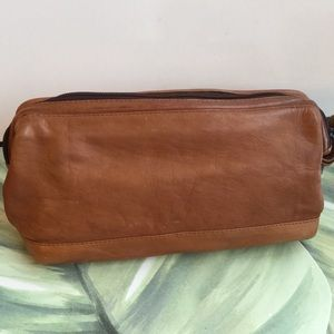 BETANCOURT  MEN TOILETRIES BAG VINTAGE STYLE